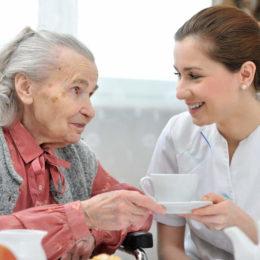 Opieka całodobowa dla seniorów